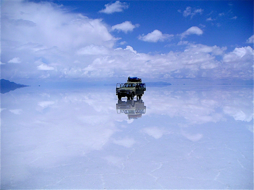 Want to get this shot? If so, the rainy season is the best time to visit Salar De Uyuni